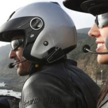 Intercomunicador para piloto e passageiro de mota