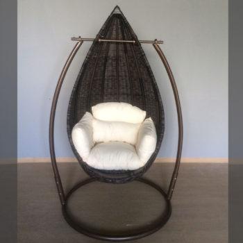 Cadeira de Suspensão c/ almofadas em Rattan
