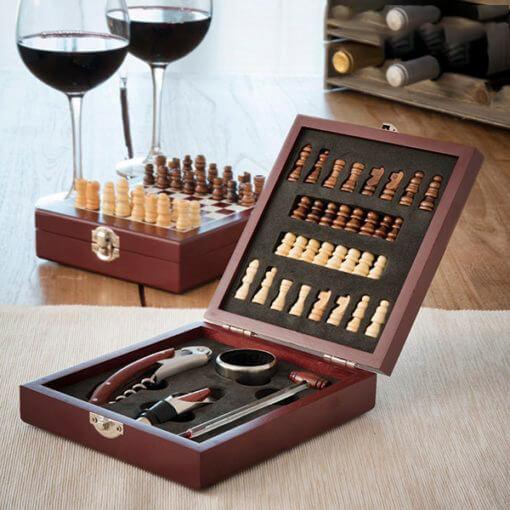 Conjunto de Acessórios para Vinho e Xadrez (37 peças)